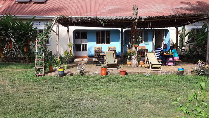 DOE educatieve reis naar Oeganda Villa Katwe